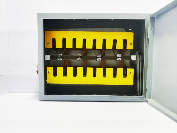 KHYBER CHANGOVER SWITCH 200 AMP 4 POLE